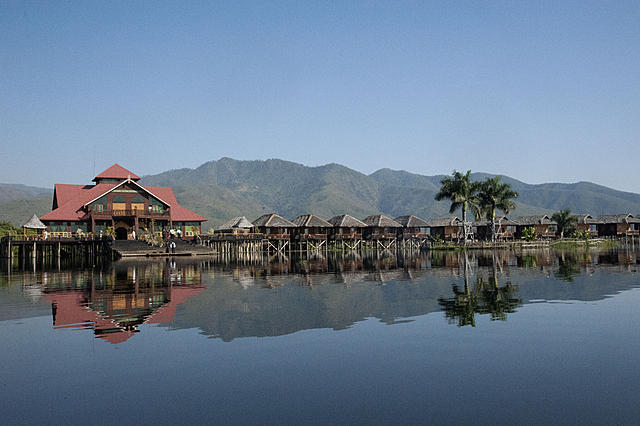 Golden Island Cottages Inle Lake