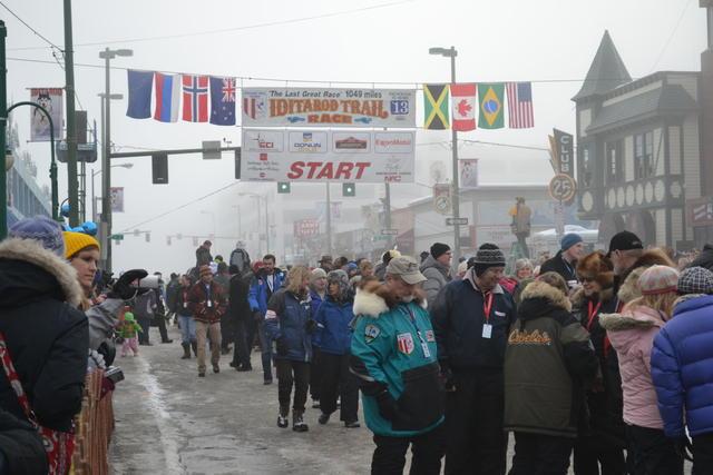 跟著極光去旅行#1-安哥拉治狗拉雪橇大賽